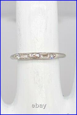 Antique 1940s. 33ct VS G Baguette Round Diamond Platinum Wedding Band Ring