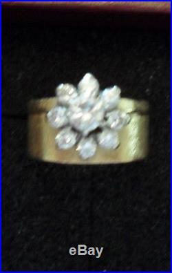 Beautiful Vintage Flower Shaped Diamond Ring Wedding Set 14k