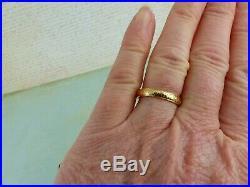 Beautiful Vintage 22carat 22ct Yellow Gold Patterned Wedding Band Ring, size K