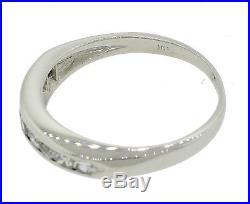 Ladies Vintage Estate Solid Platinum. 27ct Round Diamond Wedding Band Ring
