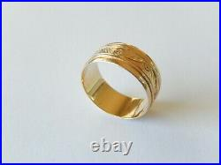 VINTAGE 14k Yellow Gold 8mm Wide Decorative Wedding Band Ring Size 7.25