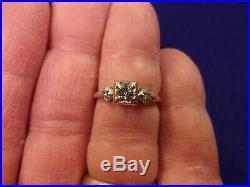 Very Pretty Vtg Antique Ladies 14k Yellow Gold & 3 Diamond Art Deco Wedding Ring