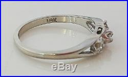 Vintage Three Natural Round Diamonds 18K White Gold Engagement Ring Wedding Band