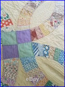 Vtg Hand-Made Double Wedding Ring quilt hand stitched small quilting 84 x 68