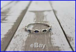 Women's 14K White Gold Vintage Milgrain Blue Sapphire Diamond Wedding Band Ring